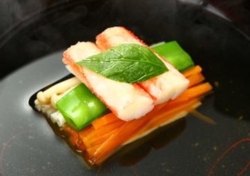 """四季折々の贅を尽くす """"宮本""""のお料理"""