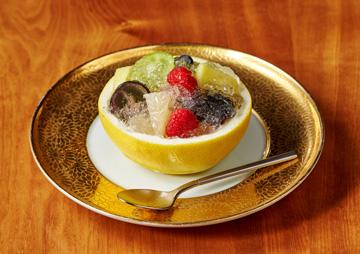 四季の移ろいを繊細に表現した芸術的な料理の数々。旬の食材を存分に
